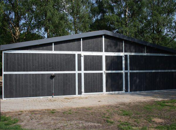 Außenboxen für Pferde - Pferdeställe bauen